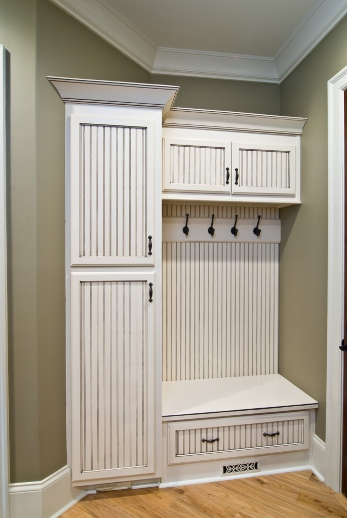 Mudroom Storage Cabinets : Cabinets and storage solutions for smaller houses