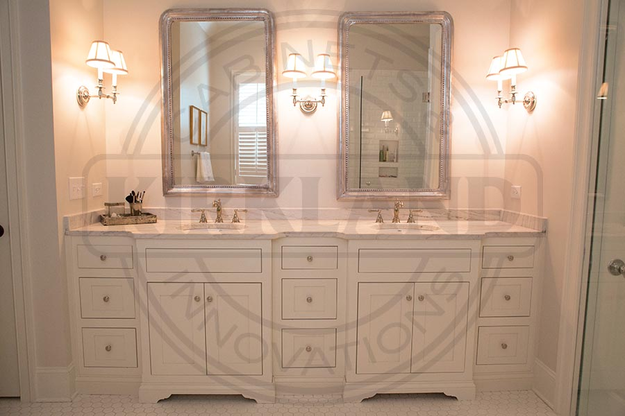 Double Master Vanity Painted 3